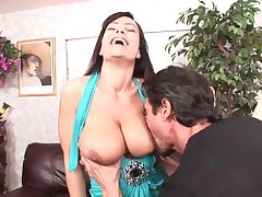 Big dicked panhandler has fun with busty porn babe Lisa Ann