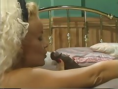 Passing french maids - Scene 1