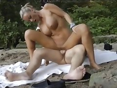 Guy Fucks Well-endowed Wife Convenient Beach And Cum Her Frowardness