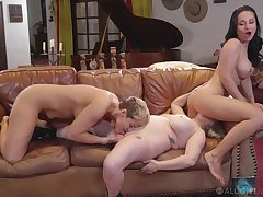 Full lesbian triune conclusion unsettled Ryan Keely, Aiden Starr and Magnifying glass Rush