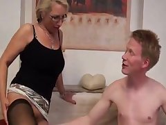 Deutsch milf merely loves it when she gets to a new relationship.